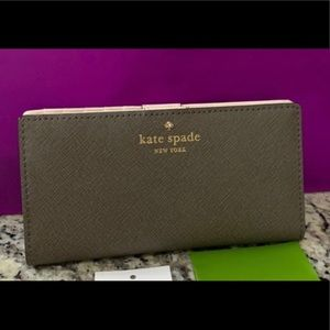 NWT Authentic Kate Spade Saffiano Leather wallet